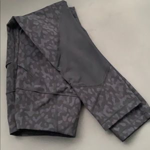 lululemon athletica Other - Pace rival high rise crop Lululemon